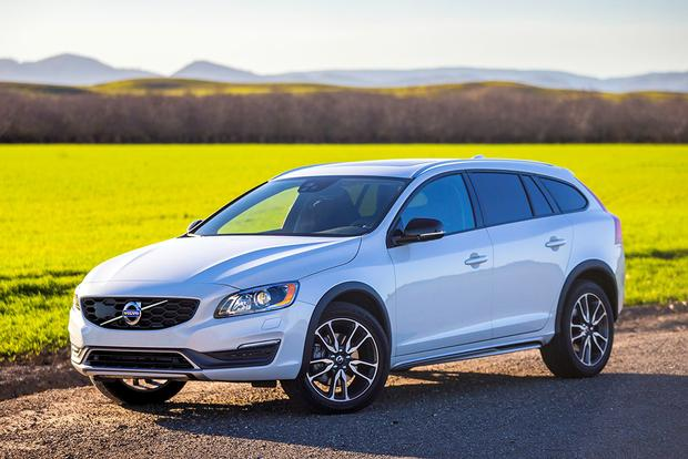 2017 Volvo V60 Cross Country: New Car Review featured image large thumb0
