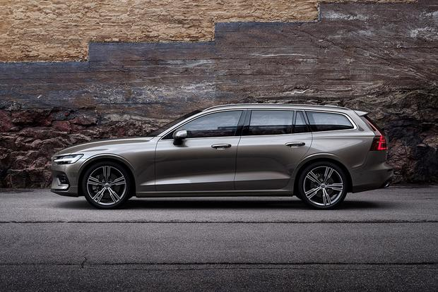 2018 Volvo V60: New Car Review featured image large thumb1