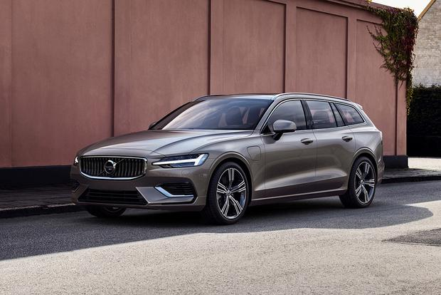 2018 Volvo V60: New Car Review featured image large thumb3