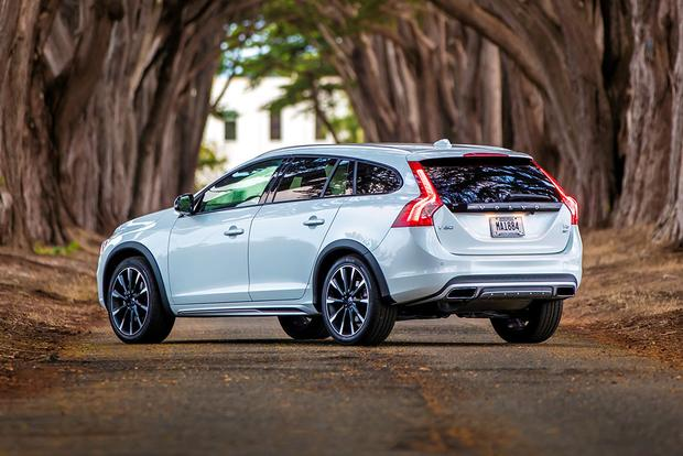2018 Volvo V60 Cross Country: New Car Review featured image large thumb2