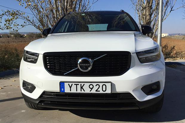 2019 Volvo XC40: First Drive Review featured image large thumb1