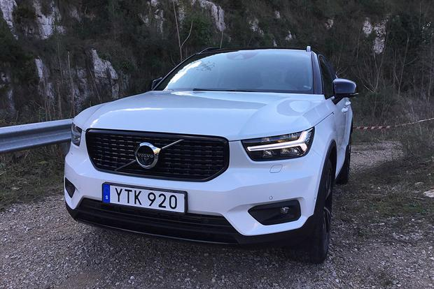 2019 Volvo XC40: First Drive Review featured image large thumb3