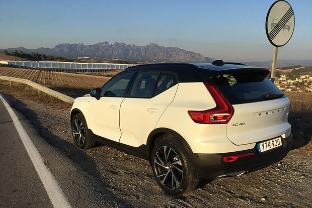2019 Volvo XC40: First Drive Review featured image large thumb11