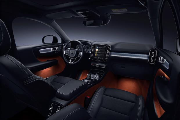 2019 Volvo XC40: The Latest Volvo featured image large thumb5