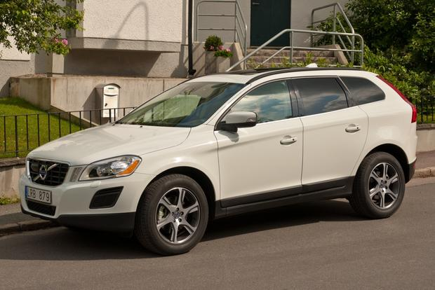 2012 Volvo XC60: OEM Image Gallery featured image large thumb1