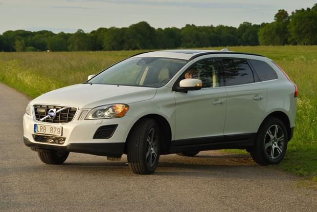 2012 Volvo XC60: OEM Image Gallery featured image large thumb2