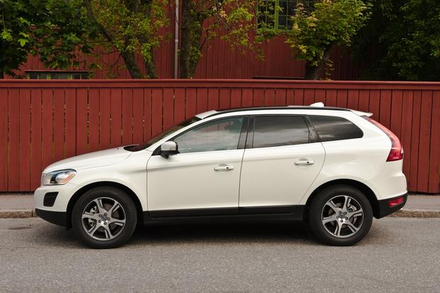 2012 Volvo XC60: OEM Image Gallery featured image large thumb3