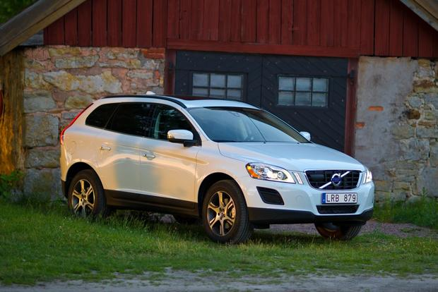 2012 Volvo XC60: OEM Image Gallery featured image large thumb4