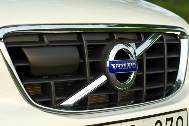 2012 Volvo XC60: OEM Image Gallery featured image large thumb6