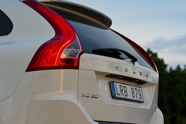 2012 Volvo XC60: OEM Image Gallery featured image large thumb8