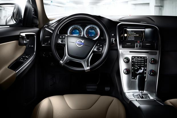 2012 Volvo XC60: OEM Image Gallery featured image large thumb11