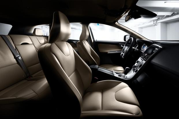 2012 Volvo XC60: OEM Image Gallery featured image large thumb15