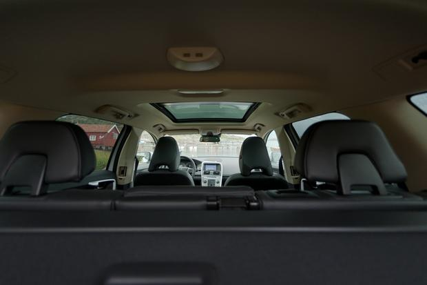 2012 Volvo XC60: OEM Image Gallery featured image large thumb18