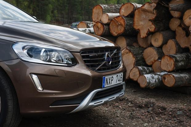 2014 Volvo XC60: New Car Review featured image large thumb0