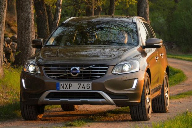 2015 Volvo XC60: New Car Review featured image large thumb0