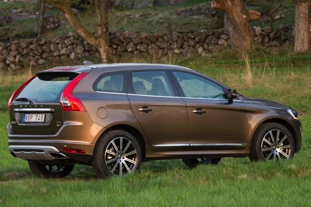 2015 Volvo XC60: New Car Review featured image large thumb3