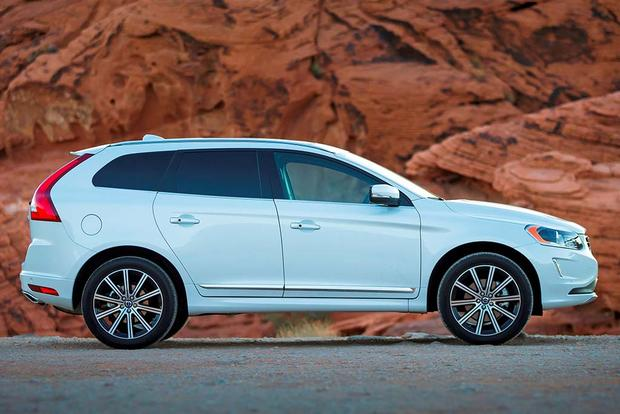 2016 Lincoln MKC vs. 2016 Volvo XC60: Which Is Better? featured image large thumb4