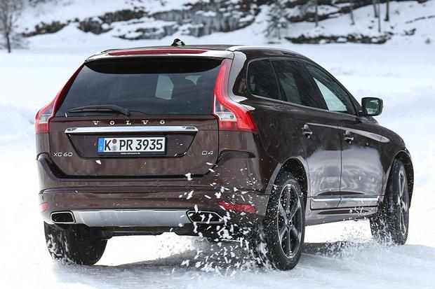 2016 Lincoln Mkc Vs Volvo Xc60 Which Is Better Featured Image Large