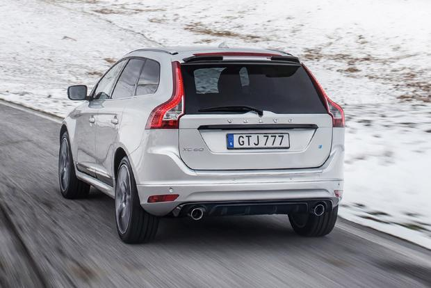 2017 Volvo XC60: New Car Review featured image large thumb2