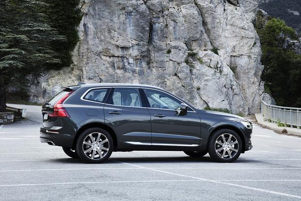2018 Volvo XC60: First Drive Review featured image large thumb1