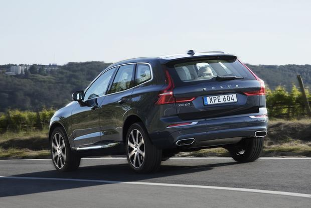 2018 Volvo XC60: First Drive Review featured image large thumb2