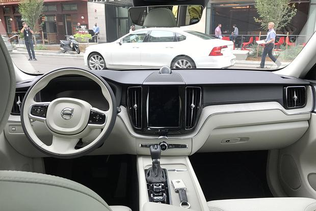 2018 Volvo XC60 T8: First Drive Review featured image large thumb4