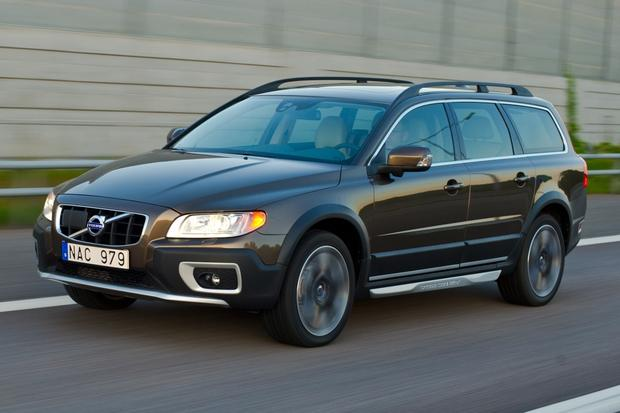 2012 Volvo XC70: New Car Review featured image large thumb1