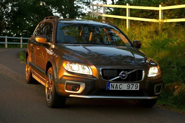 2012 Volvo XC70: New Car Review featured image large thumb4