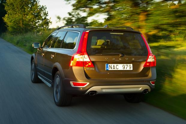 2012 Volvo XC70: New Car Review featured image large thumb5