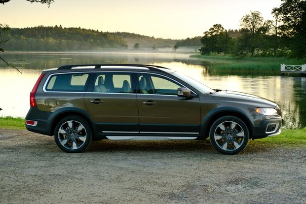 2012 Volvo XC70: New Car Review featured image large thumb8