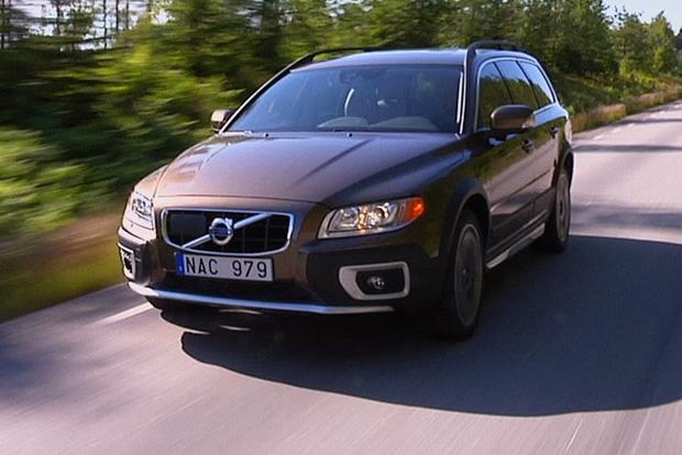 2012 Volvo XC70: New Car Review featured image large thumb10