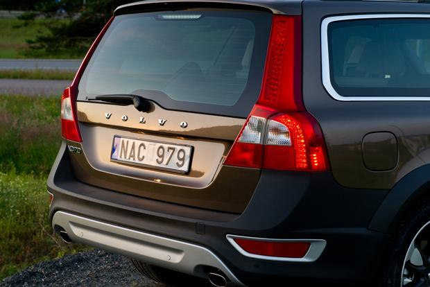 2012 Volvo XC70: New Car Review featured image large thumb13