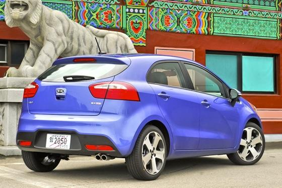 Top 10 Cool Hatchbacks featured image large thumb3