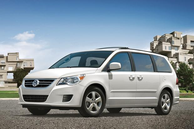 Minivan Deals: June 2012 featured image large thumb4