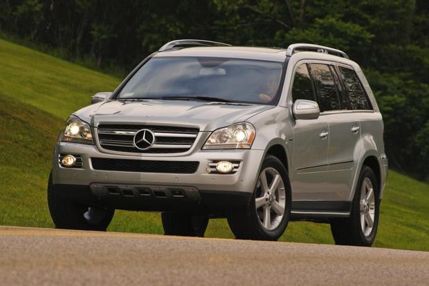 Top 6 Half-Price Luxury SUVs featured image large thumb2