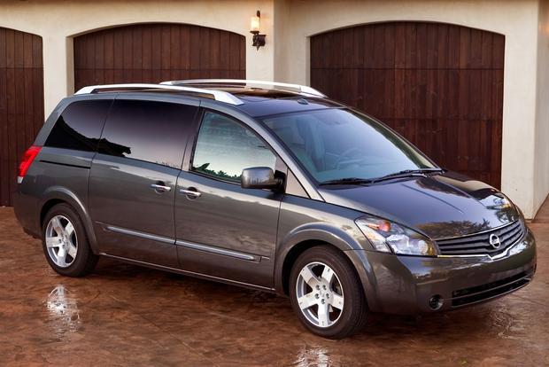 top 7 certified minivans under 20 000 autotrader. Black Bedroom Furniture Sets. Home Design Ideas