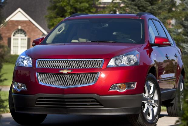 SUV Deals: August 2012 featured image large thumb0