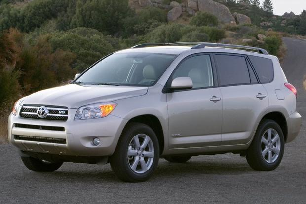 Top SUVs for College Students featured image large thumb7