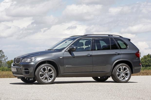 Luxury SUV Deals: September 2012 featured image large thumb1