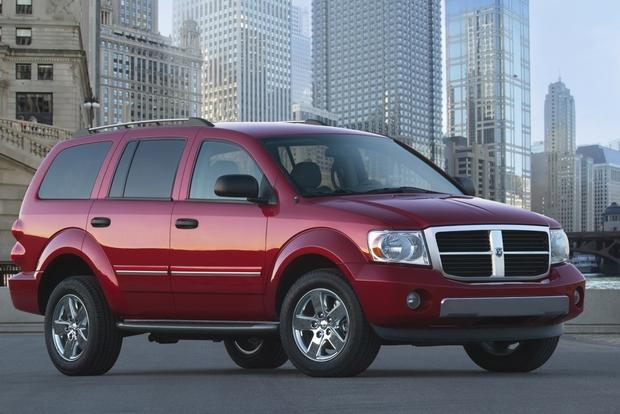 7 Best Towing SUVs for $20,000 featured image large thumb1