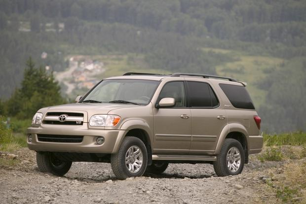 Toyota Large Suv >> 7 Best Towing Suvs For 20 000 Autotrader
