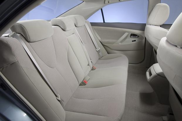 2012 Toyota Camry: New vs. Old featured image large thumb9