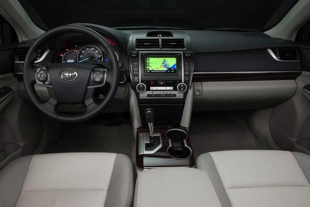 2012 Toyota Camry: New vs. Old featured image large thumb10