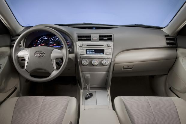 2012 Toyota Camry: New Vs. Old Featured Image Large Thumb11