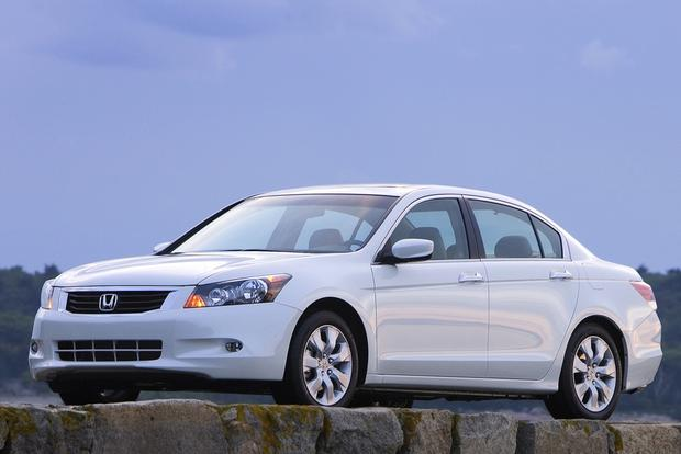 2013 Honda Accord: New vs. Old featured image large thumb3