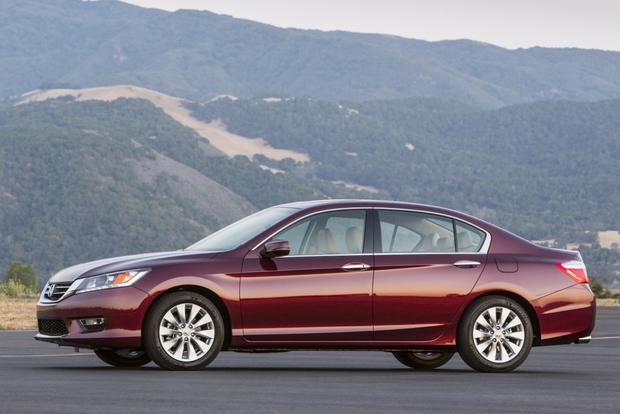 2013 Honda Accord: New vs. Old featured image large thumb4