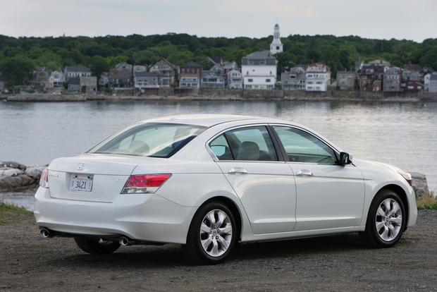 2013 honda accord new vs old autotrader for Honda accord old model
