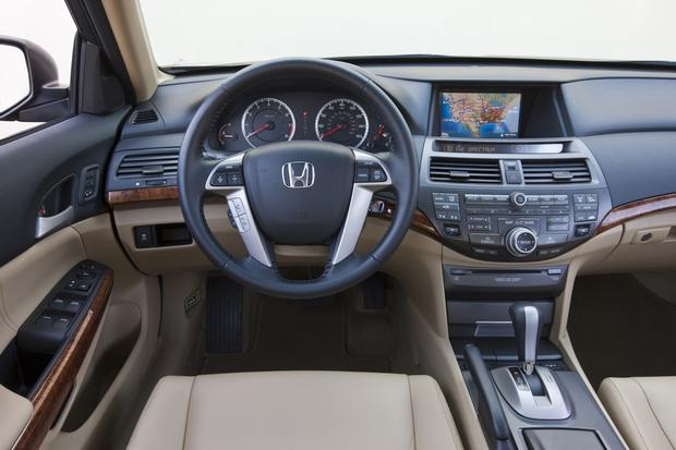 2013 Honda Accord: New vs. Old featured image large thumb11