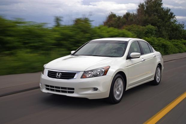 2013 Honda Accord: New vs. Old featured image large thumb13