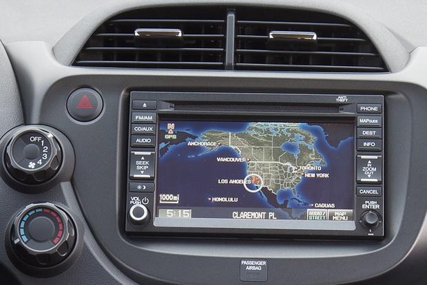 Top Inexpensive Navigation Systems in Affordable Cars featured image large thumb2